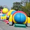 学校活动道具用品充气大型毛毛虫租赁充气大型闯关玩具